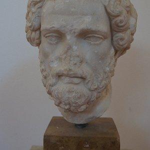 Museé Chritos Capralos ( Egine )