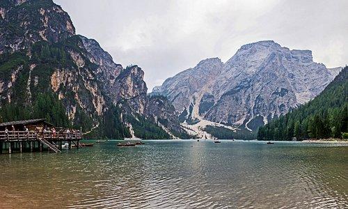 озеро и пункт проката лодок