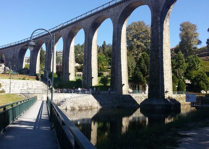 Ponte ferroviária sobre o Rio Zela