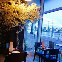 Eeshi's Kitchen Docklands - family friendly Restaurant