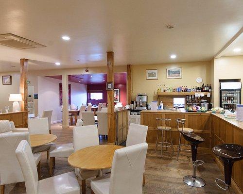 Enjoy a coffee or lunch at the health club Bistro