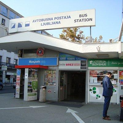 La gare des bus postaux