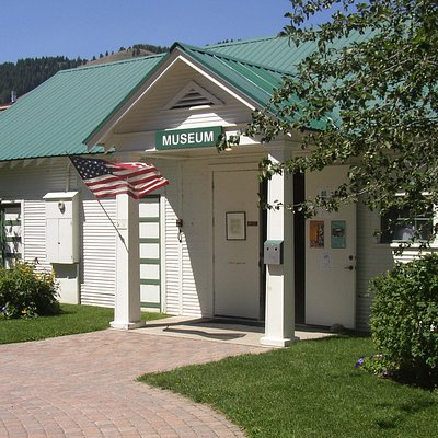 Our open hours are 1-5 pm, Wednesday through Saturday.  Come see us for a taste of local history