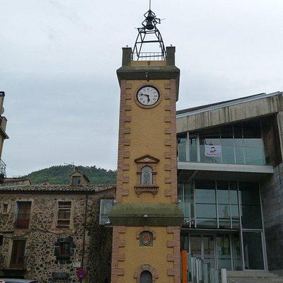 Frontal de la Torre