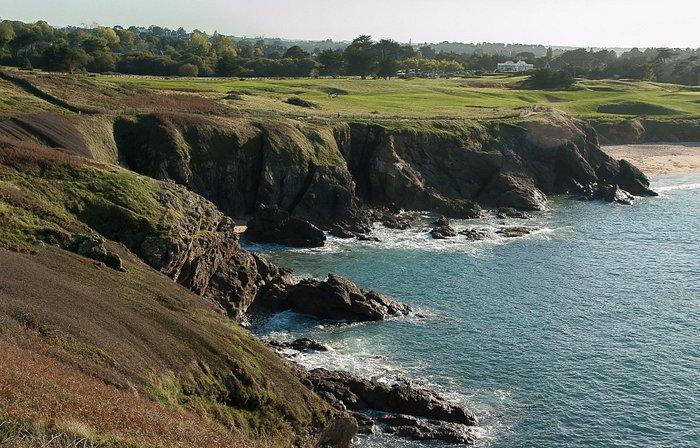 Sentier côtier qui rejoint le golf de Dinard.