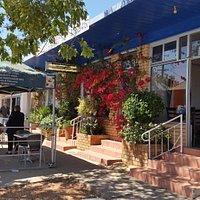 Bruno's Café and Pizzeria at Lightning Ridge