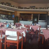 صورة المطعم من الداخل