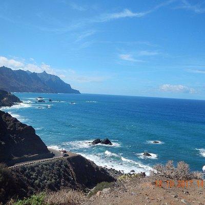 Playa de benijo....paysage de plus en plus sauvage , route de plus en plus étroite, vue extra