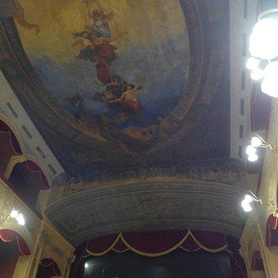 Потолок зала, работа сицилийского художника