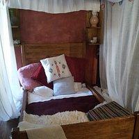 Tipico letto Medioevale