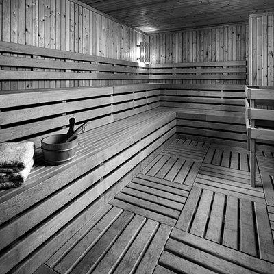 Rhapsody Spa sauna