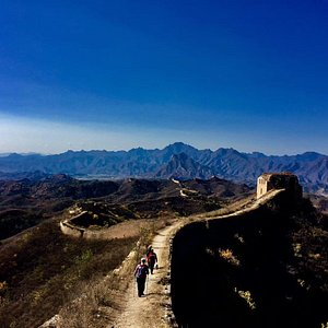 A hidden path to Great Wall
