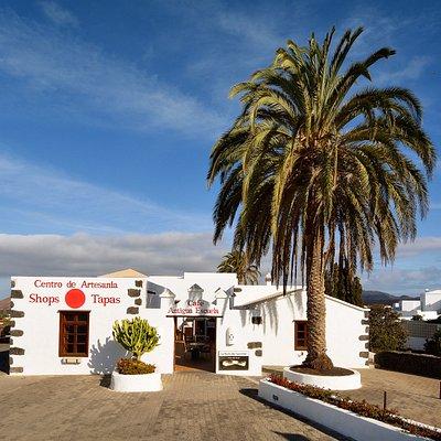 Centro de Artesanía Antigua Escuela de Yaiza