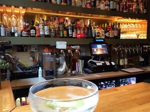 At the bar, Muskedunder, October 2017