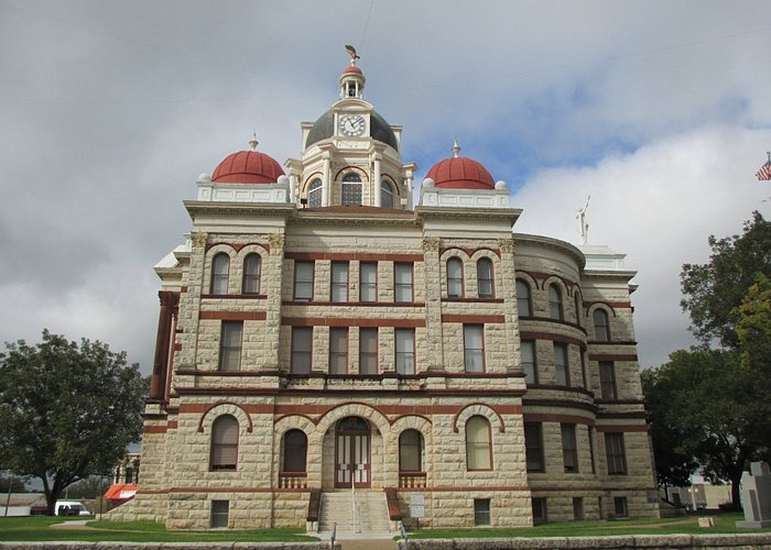 A side view of the Coryell County Courthouse in Gatesville, Texas