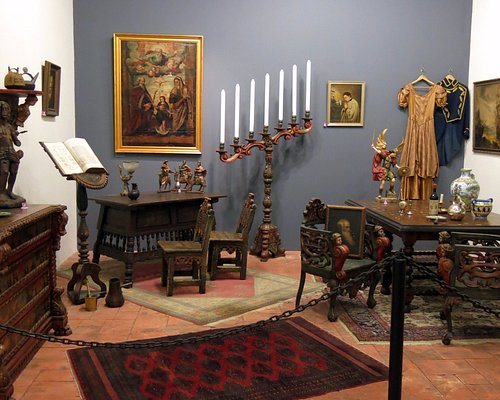Art from the Americas, mainly South America on display & for sale