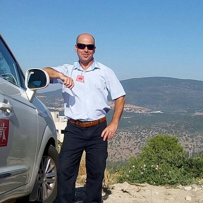 Hello :-) My name is Udi and I'm a private tour guide, available to drive and guide you in Israe