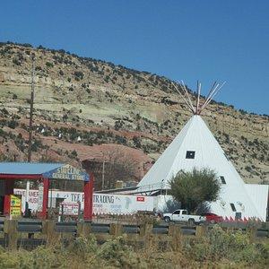 Tee Pee Trading Post, Lupton Arizona
