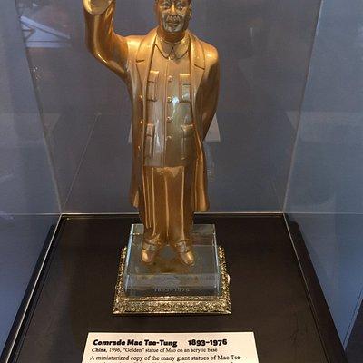 Hello, Mao