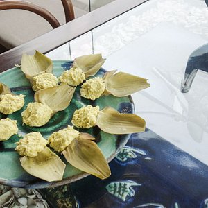 Enjoy beautifully prepared Peruvian appetizers in your host's local home in lima - Traveling Spo