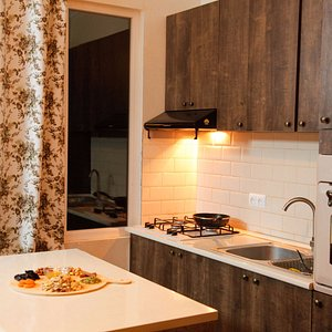 Join your Tbilisi hosts for a hands-on cooking class in their comfortable kitchen - Traveling Sp