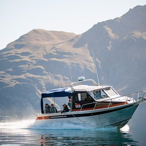 Our water taxi brings you to and from the 4x4 location.