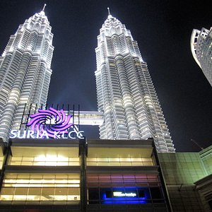 Petronas Twin Tower - World's tallest twin-block tower
