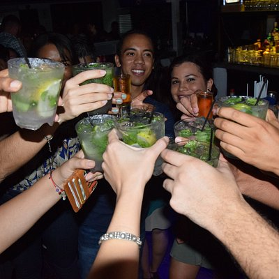 Cheers with the mojitos that you get with us in one of the bars we work with