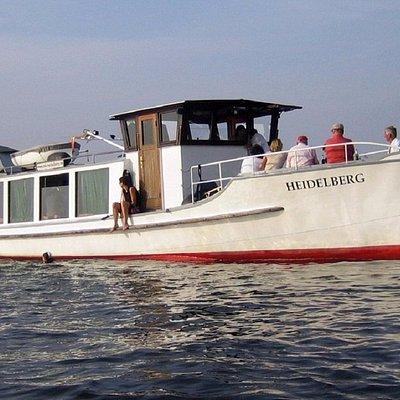 Salonschiff HEIDELBERG, Charter mit Skipper in Berlin bis 30 Personen.