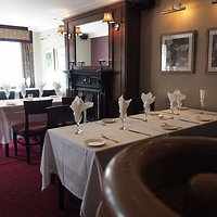 Seven Horseshoes Hotel - Restaurant