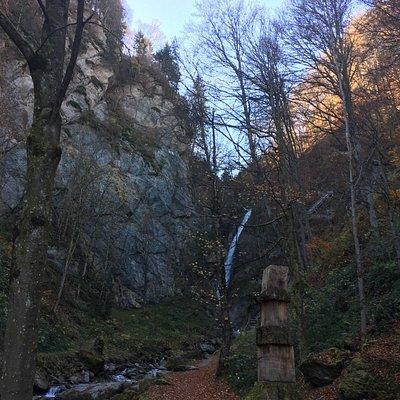 Gainfeldbach und Wasserfall im Oktober 2017