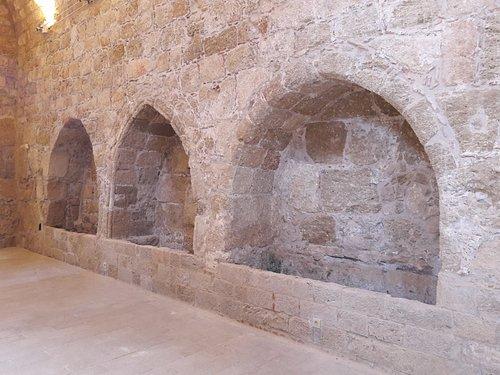 Places pour sarcophages