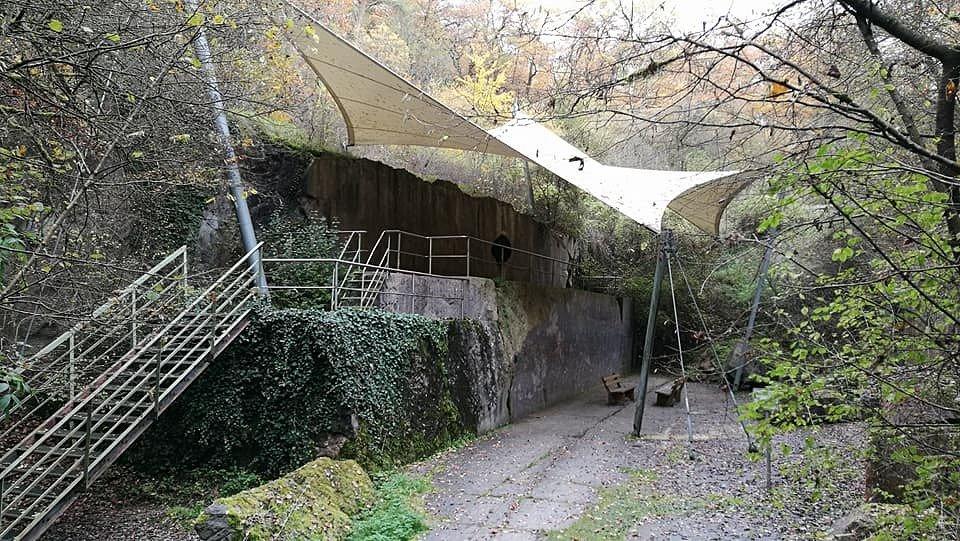 Der offen gelassene Mrmor-Steinbruch Unica