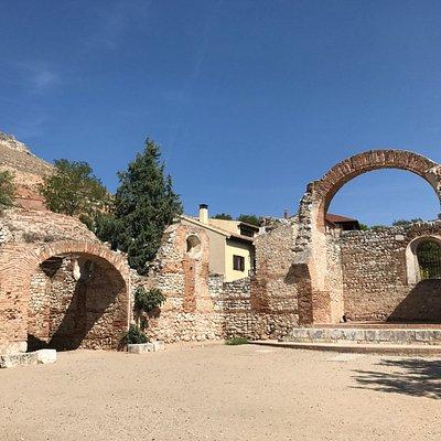 Ruinas de la Iglesia de San Pedro.