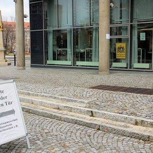 Eingang von hertha Lindner Str.