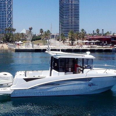 Barracuda, ideal para charter de pesca