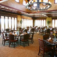 Dining Room - Floor to Ceiling Windows - Views of Snow Canyon State Park