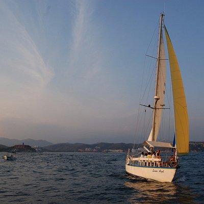 Sólo en el mar somos libres Huatulco te espera con experiencias dignas de compartir!