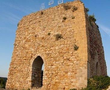 Facciata del Castello Eufemio di Calatafimi Segesta