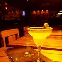 Ambiente para você dizer: Porque eu mereço. Drink Margarita.