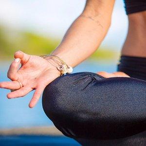 Vinyasa Fusion Yoga & Hawaiian Healing Massage & Treatment