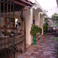 Pretty little bar/restaurant