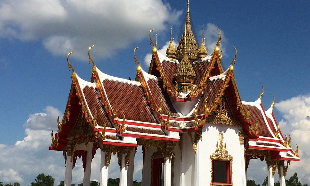 Beautiful red and golden roof..