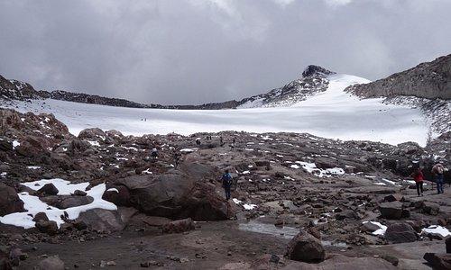 Borde de glaciar del Nevado de Santa Isabel