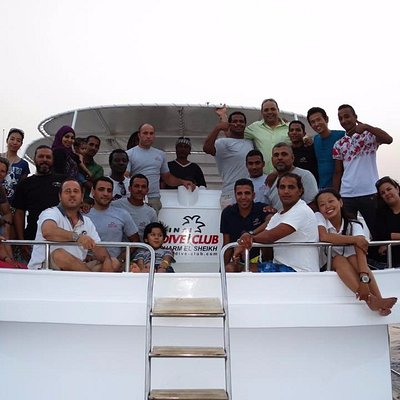 Sinai Dive Club Staff welcomes you in Paradise