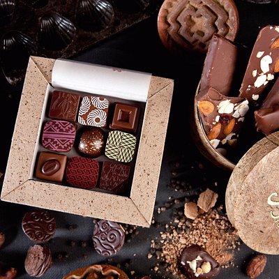 Beautiful artisanal chocolates, truffles, award-winning caramels, chocolate bark, handmade boxes