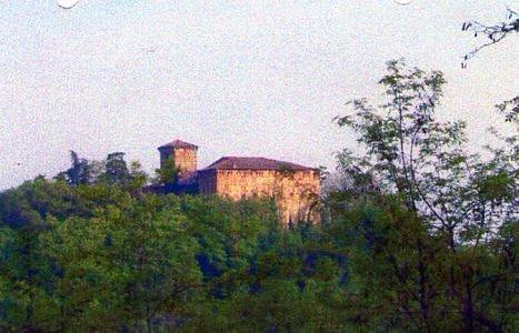 Il castello visto in lontananza