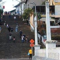 Ponte e scalinata