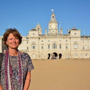 Amanda, ToursByLocals guide in London