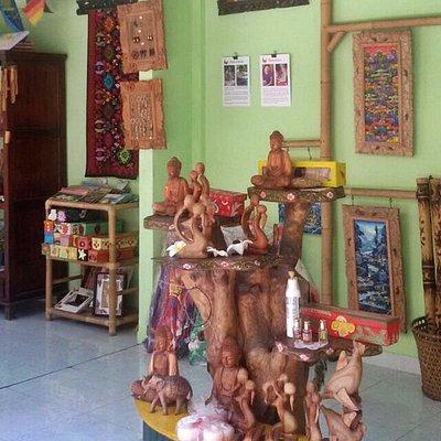 Kuku Kupu souvenir shop in Ubud Bali, gorgeous crafts made by disable kids